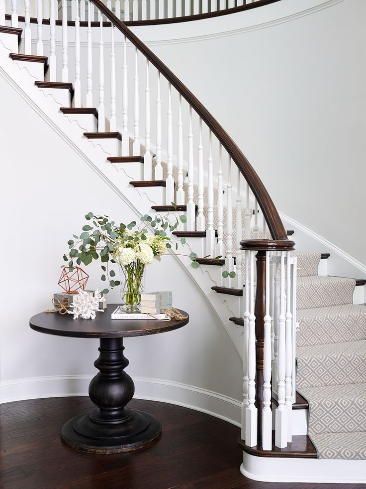 17 best ideas about round pedestal tables on pinterest for Furniture for curved wall in foyer