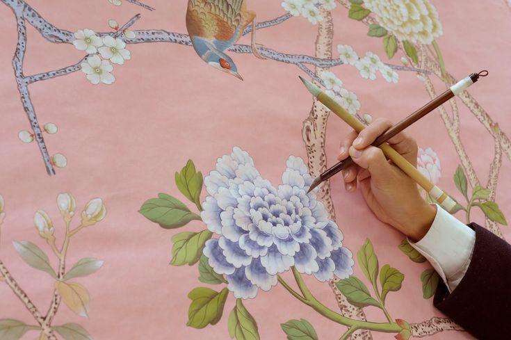 Amazing hand painted wall covering by De Gournay.  Who needs framed art when you have this on the wall?