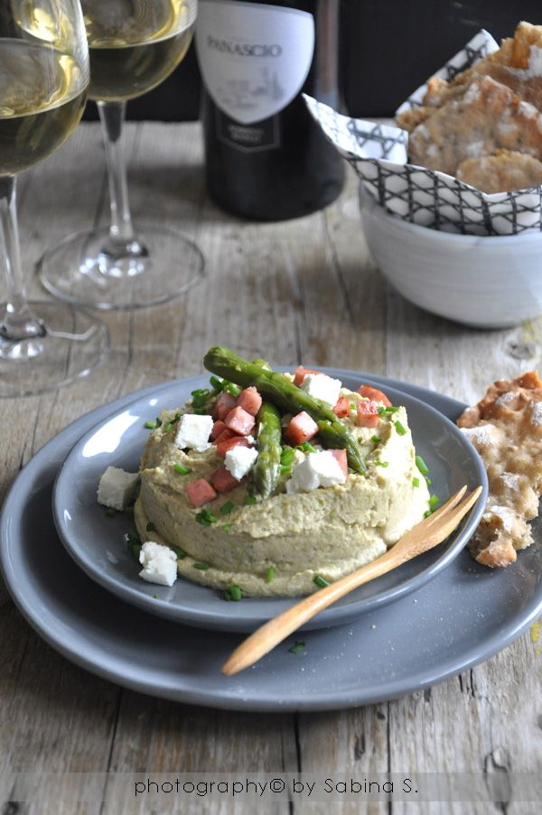 Due bionde in cucina: Hummus di asparagi bolzanino