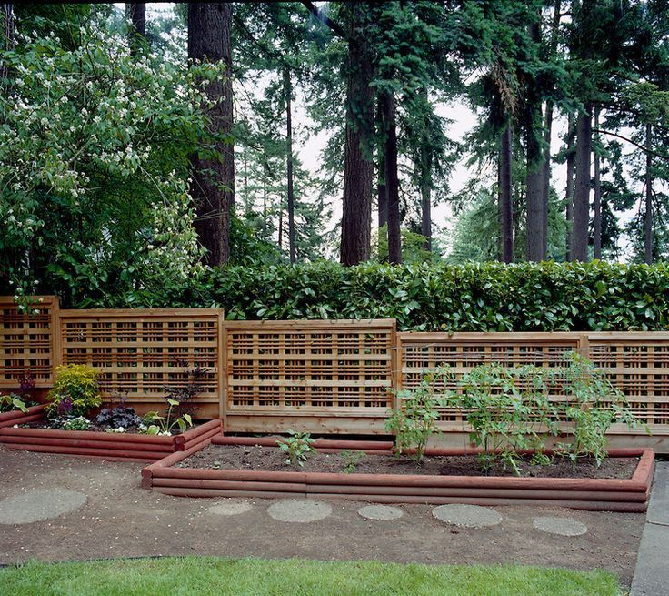 Wood Lattice Ideas: Arts And Crafts Style Fences