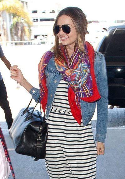 ミランダ・カー - 無造作に巻いたスカーフがかわいすぎる!ロサンゼルス国際空港スタイル | CELEB SNAP