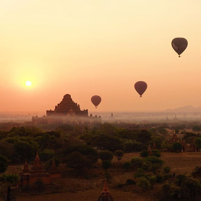 Sunrise over the ancient pagodas of Bagan is one of the worlds most beautiful sights. A vantage from the top of ones of these ancient towers it met with views like this- where these fascinating tombs span across the horizon for what seems like almost forever.✨ . . . #bagan #ancientworld #sunset #myanmar #exploreheaven #earthawesome #bestdiscovery #travelstoke #southeastasia #travel #explore #adventure #sunrise #lonelyplanet #natgeo #gottolove_this #thegreatplanet #beyondtravels…