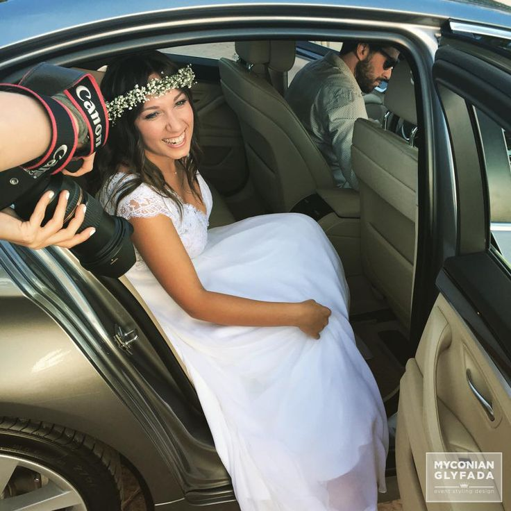 | Beautiful Sunset Wedding | Βασίλης & Κωνσταντίνα | #greekwedding #sunsetwedding #brideiscoming #hairaccesory #flowercrowns #weddingflower #myconianglyfadawedding
