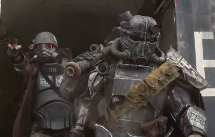 Paladin and Ranger, fighting side by side (From Nuka Break)