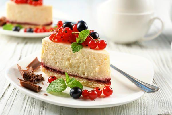 Будем печь пироги с ягодами!