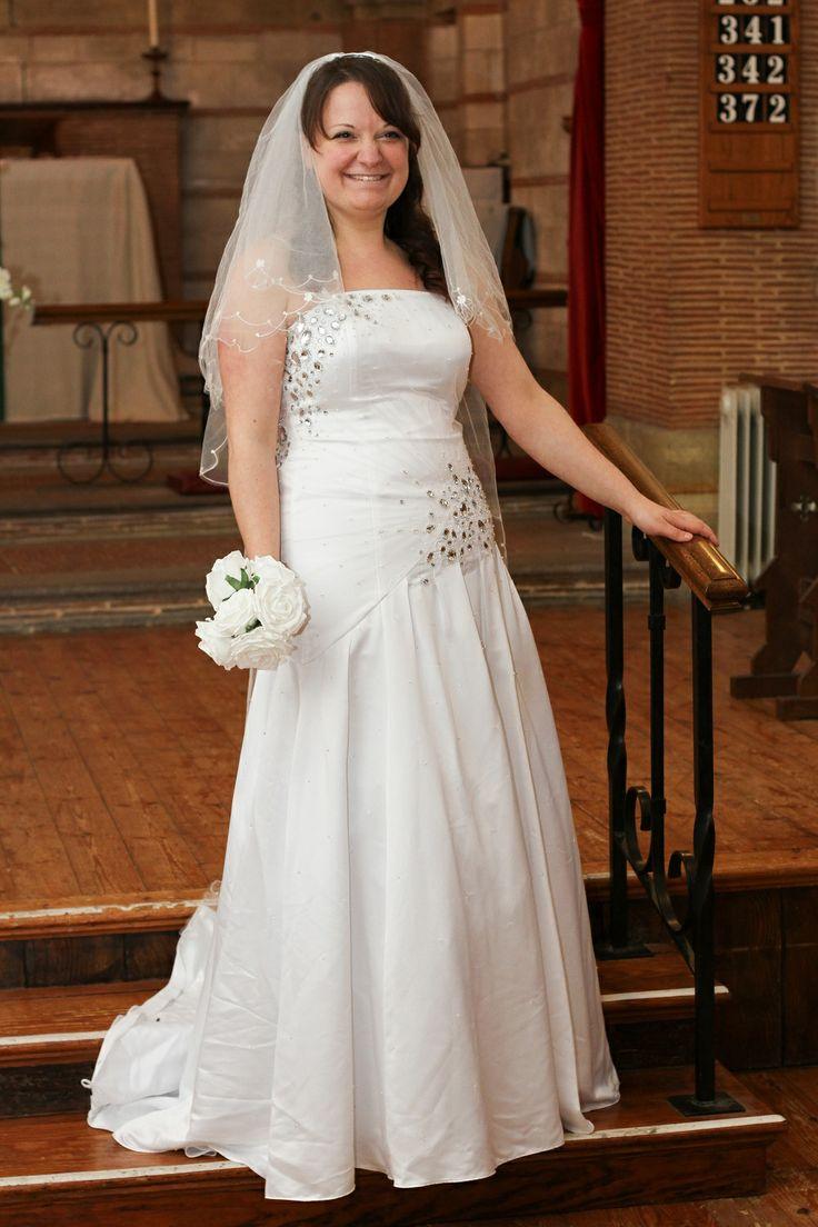 20 best Wedding Dress Hire images on Pinterest   Bridal dresses ...