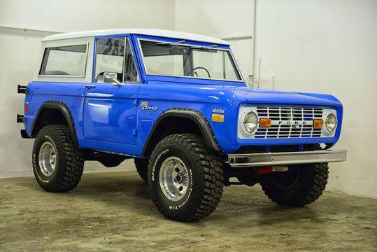 1977 Ford Bronco http://classicfordbroncos.com/past-builds.html https://www.facebook.com/classicfordbroncos #classicfordbroncos #cfb #classic #ford #bronco #fordbronco #vintage #restoration #classicsuv #classiccars #blue #country #dirtroads #beach #cruisin