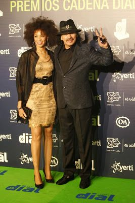 cotibluemos: Santana dedica Premio Cadena Dial a Paco de Lucía