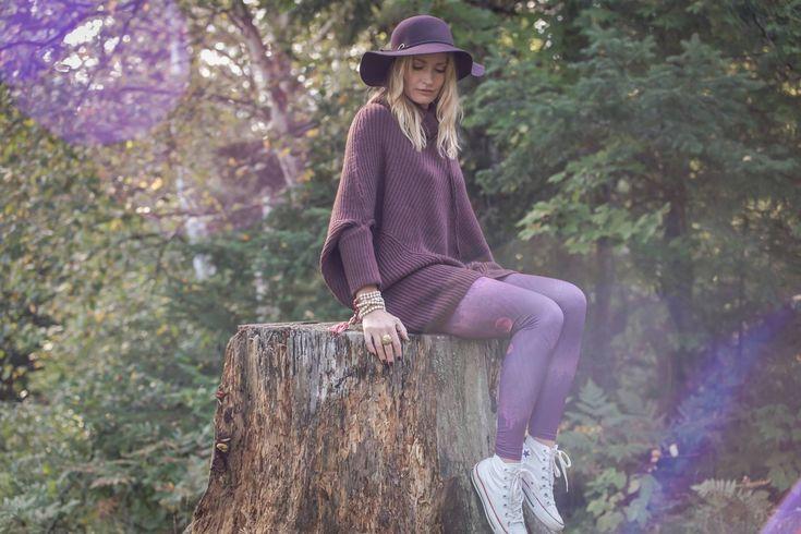 Rose Buddha conçoit des pantalons de yoga composé à 83 % de fibres créées à partir de bouteilles de plastique recyclées. Fait au Québec.