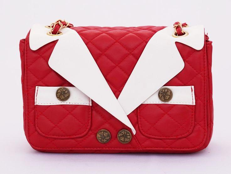 T-shirt Korean Bag, casual stylish. Tali rantai bisa dipanjang pendekkan. Warna merah. Uk 26x8x17