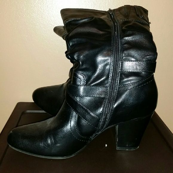Ladies Leather Boots EUC minimal wear no damage Shoes Heeled Boots