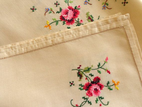 Vintage embroidered table runner cream cross by DoiliesLaceCrafts
