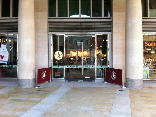 Pret A Manger    Unit 1 10 Paternoster Square  London EC4M 7DY  (Blackfriars)