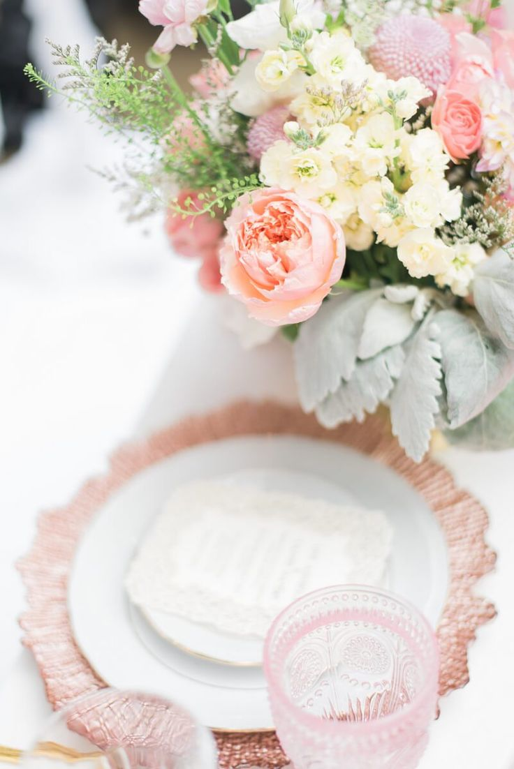 Blush Gold Vintage Wedding Ideas - vintage charger and cup