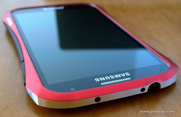DRACOdesign HYDRA Ducati Aluminum Bumper For Samsung Galaxy S4 – Adds Sporty Good Looks And Protection