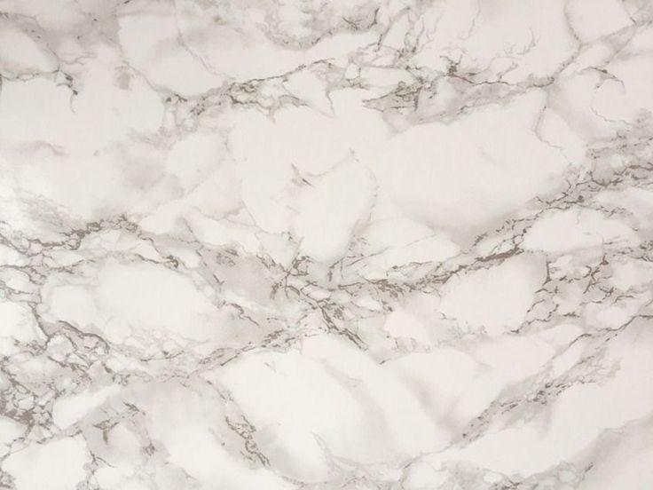 Come pulire il marmo? Quali sono i rimedi naturali e non per farlo splendere, come se fosse nuovo? Ecco alcune idee interessanti e utili consigli in merito.