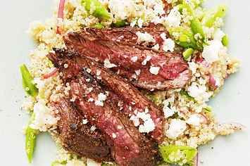 Here's A Healthy Steak Dinner That Anyone Can Make