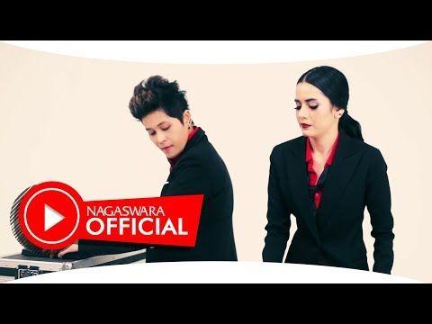 (904) Black Champagne - Jangan Gitu Dong (Official Music Video NAGASWARA) #music - YouTube