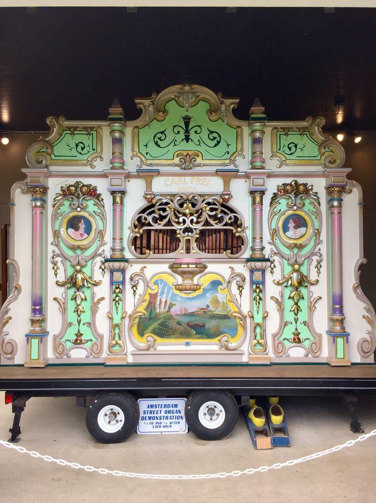 """The Four Columns"" Amsterdam mechanical street organ"