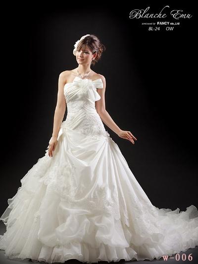 ウェディングドレス プリンセスライン リボン アシンメトリー
