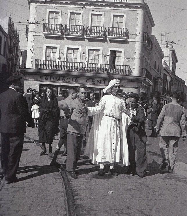 1935 La Semana Santa De Pierre Verger Semana Santa Sevilla
