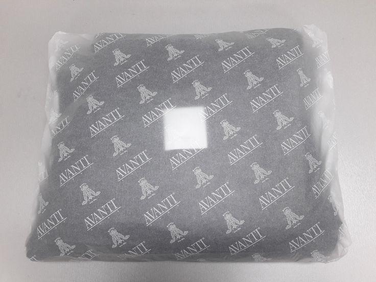 Open your Avanti Fur box! Your order is here!  #avantifurs #furs #buy #online #blackfriday #cybermonday #greece #luxury #fashion #coat #box #parcel