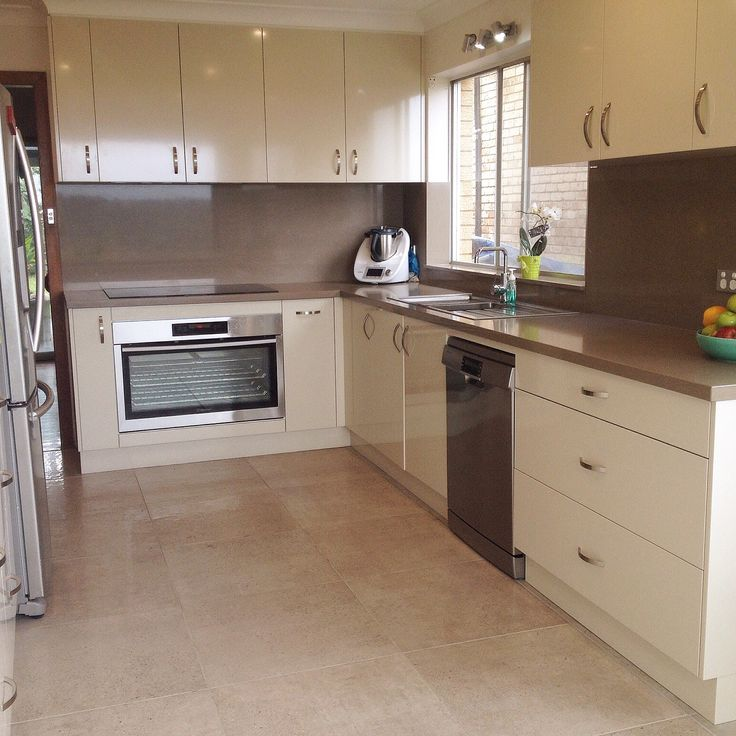 Kerries Finished Kitchen! Using the Stonecrete Warm Grey Lappato in 600x600. Thank you Kerrie for sharing this with us