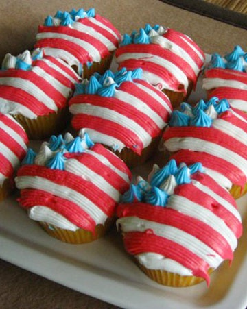 Adorable red, white, and blue cupcakes