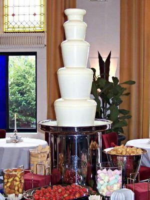 Chocolade fondue, als desert voor grote mensen of als heerlijke smeerpartij op een kinderfeestje