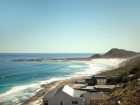 Self catering accommodation, Scarborough, Cape Town   Beautiful ocean and small mountain views   http://www.capepointroute.co.za/moreinfoAccommodation.php?aID=471