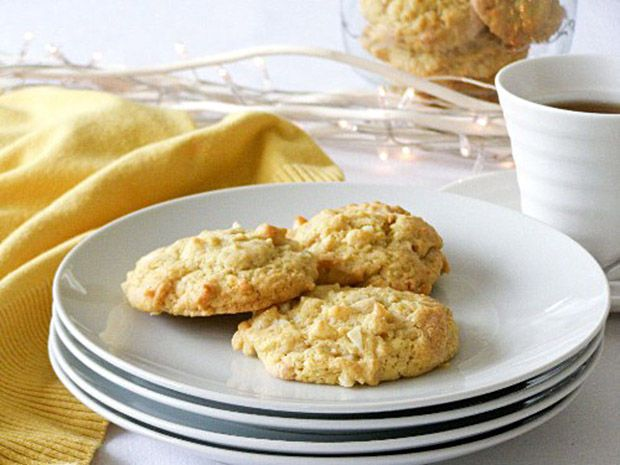 Una deliciosa receta de galletas con chocolate blanco y canela
