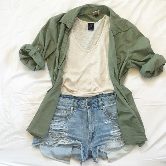 Army Green Shirt Army Green Shirt | light weight | can be worn multiple ways | versatile | perfect for year round  styles | size L but looks cute on S-M for that cute slightly oversized look | Tops Button Down Shirts