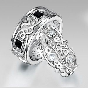 925 Sterling Silver Celtic Couple Rings for His and Her http://www.thesterlingsilver.com/product/cufflinks-in-sterling-silver-size-14x16mm/
