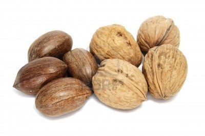 Which one is the healthier choice? Walnuts or Pecans