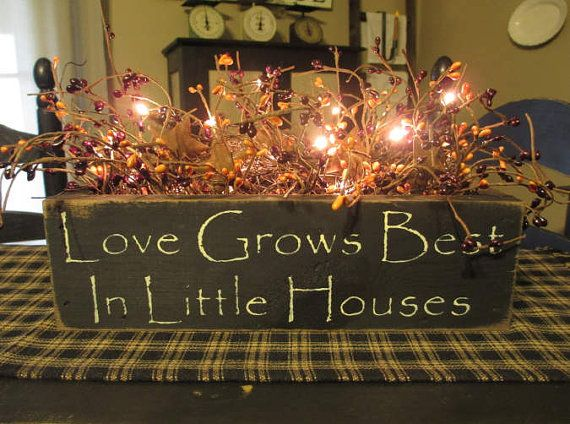Love Grows Best Primitive Lighted Wood  Box With Pip Berries & Rusty Stars