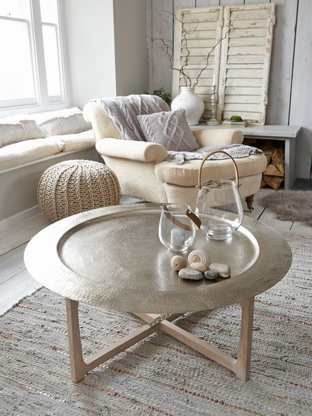 Beige, grey and white in Moroccan inspired living room - modern moroccan