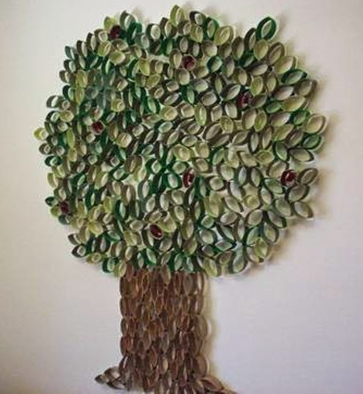 Wall art made with toilet paper roll