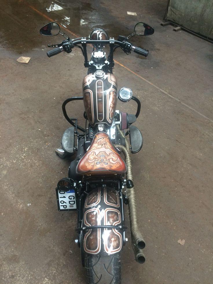 Vanilla Custom Leather #bobber #harley #crossbones #handmade #gdansk #vcl