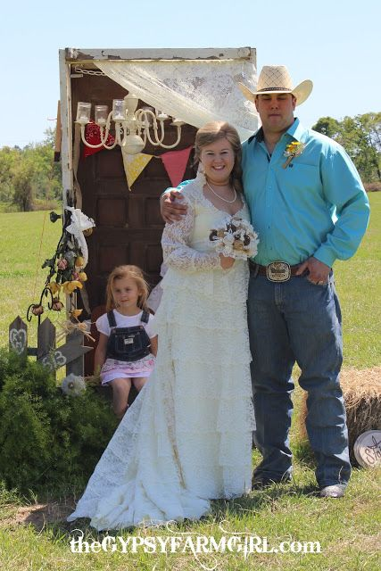 Burlap And Lace Blue Jeans Wedding
