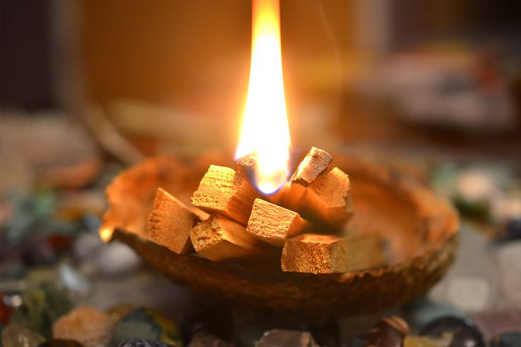 Sage cleansing, cleansing with Palo Santo Wood or using cleansing crystals are effective ways to cleanse your crystals. Learn about each of these methods!