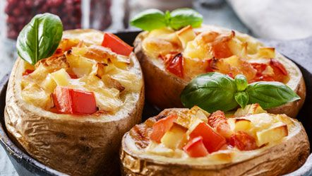 Gepofte gevulde aardappel - Recepten zoeken