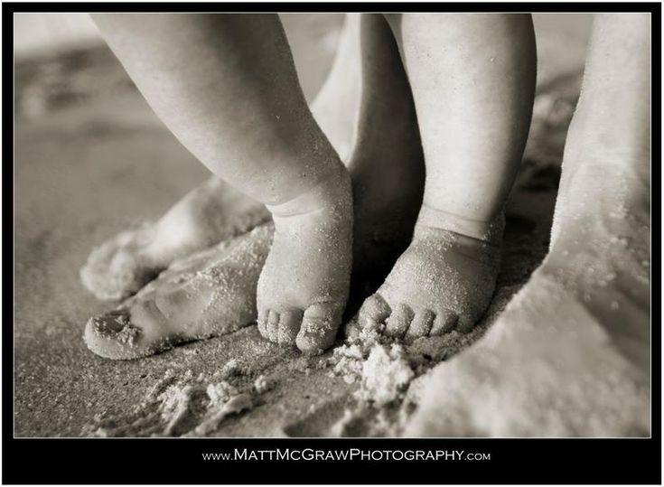 Baby between parent's feet standing up - from @Matt McGraw #baby #toes
