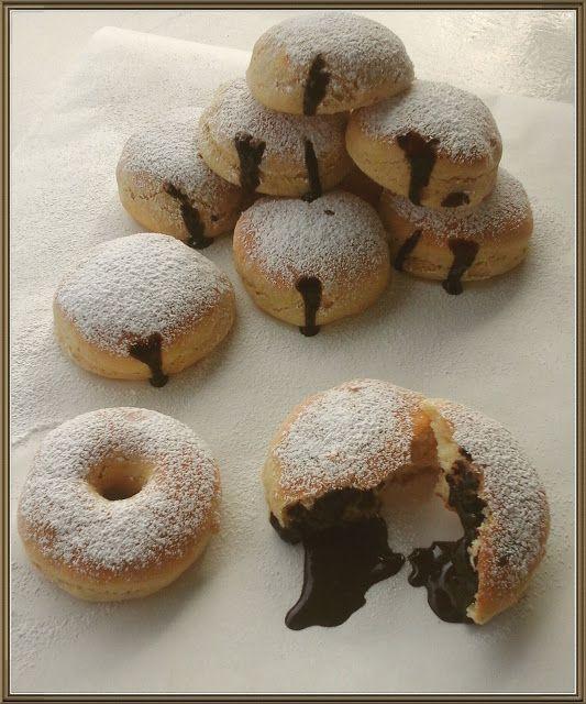 """Βουτυρόμελο: """" Ντόνατς"""" φουρνιστά με γέμιση σοκολάτας"""