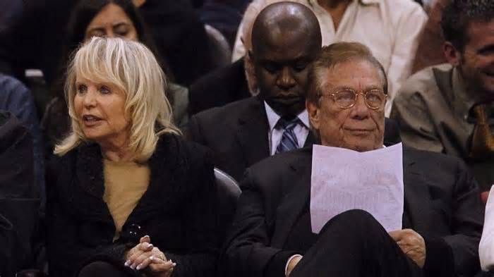 Donald Sterling's wife Shelly puts a trio of L.A.-area homes up for rent Even after selling the Los Angeles Clippers in 2014 for $2 billion, Shelly Sterling is still making moves. The wife of billionaire Donald Sterling has listed a trio of the couple's investment properties for lease. Among the rental homes is a 1930s ...