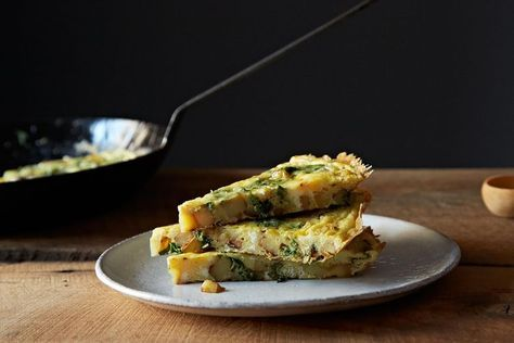 Turnip Greens Frittata ; root to stem cooking ; vegetable scraps ; vegetarian ; healthy ; potato ; egg