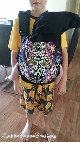 Sibling Tula Wearing At its Cutest. Thanks to proud mum for sending in #midnightgardentula #siblingtulawearing #chubbabubbaboutique