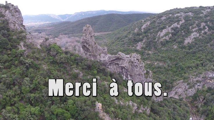 Saint-Paul-de-Fenouillet / Gorges de Galamus : 1er clip à la couleur de mars bleu