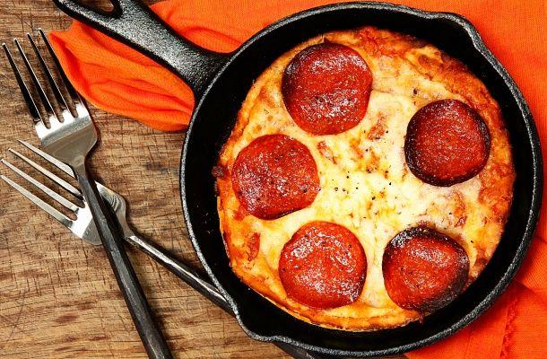 Serpenyőben sült pizza 15 perc alatt | femina.hu