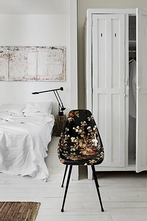 bedroom inspiration | floral chair