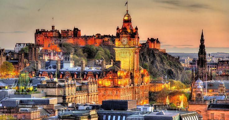 L'Europe regorge de magnifiques territoires, aussi beaux que variés. C'est notamment le cas de l'Ecosse, et plus particulièrement d'Edimbourg. SooCurious vous fait découvrir cette ville ancestrale à travers de superbes clichés.Capital...